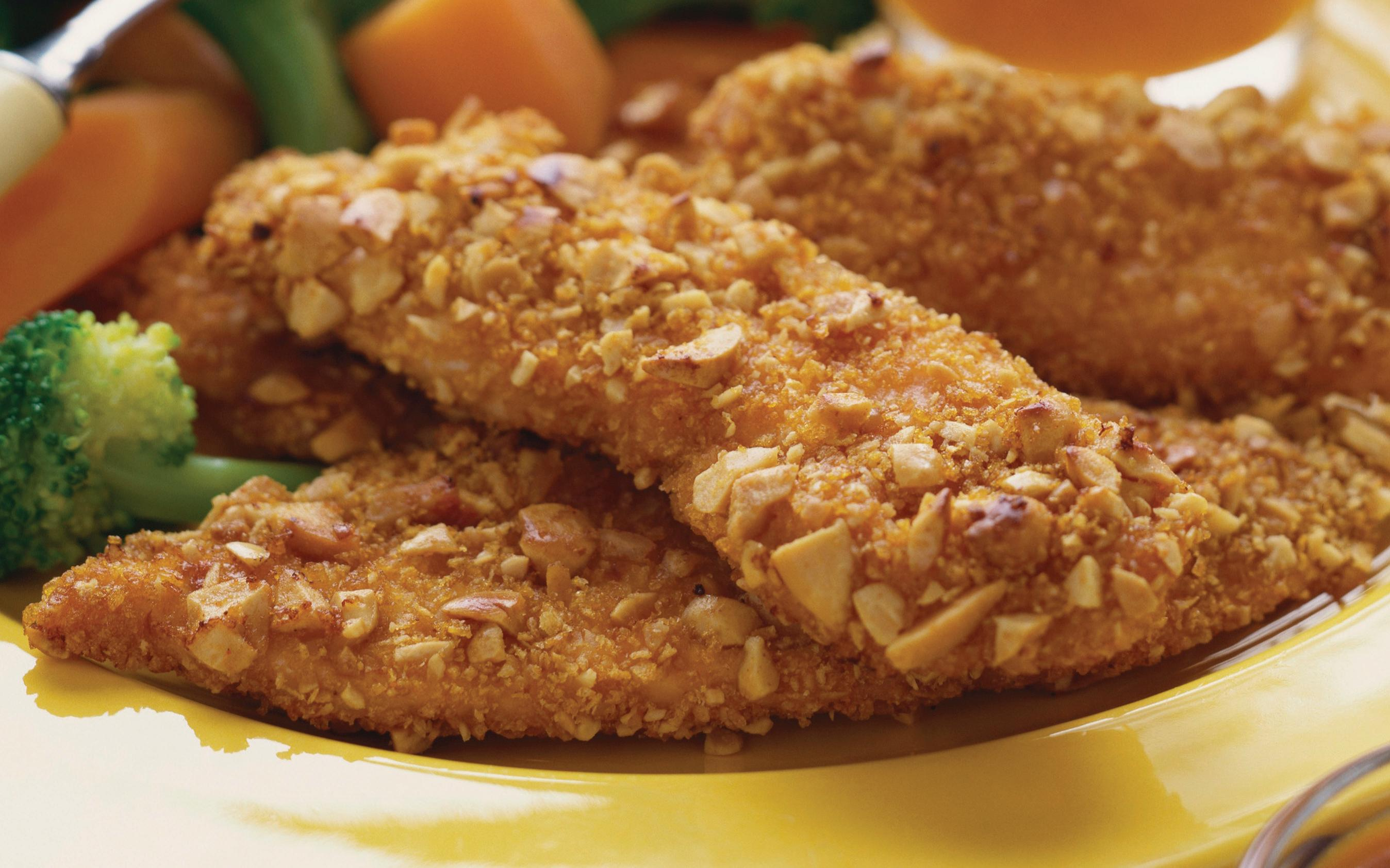 Low Calorie Almond Crusted Chicken Finger